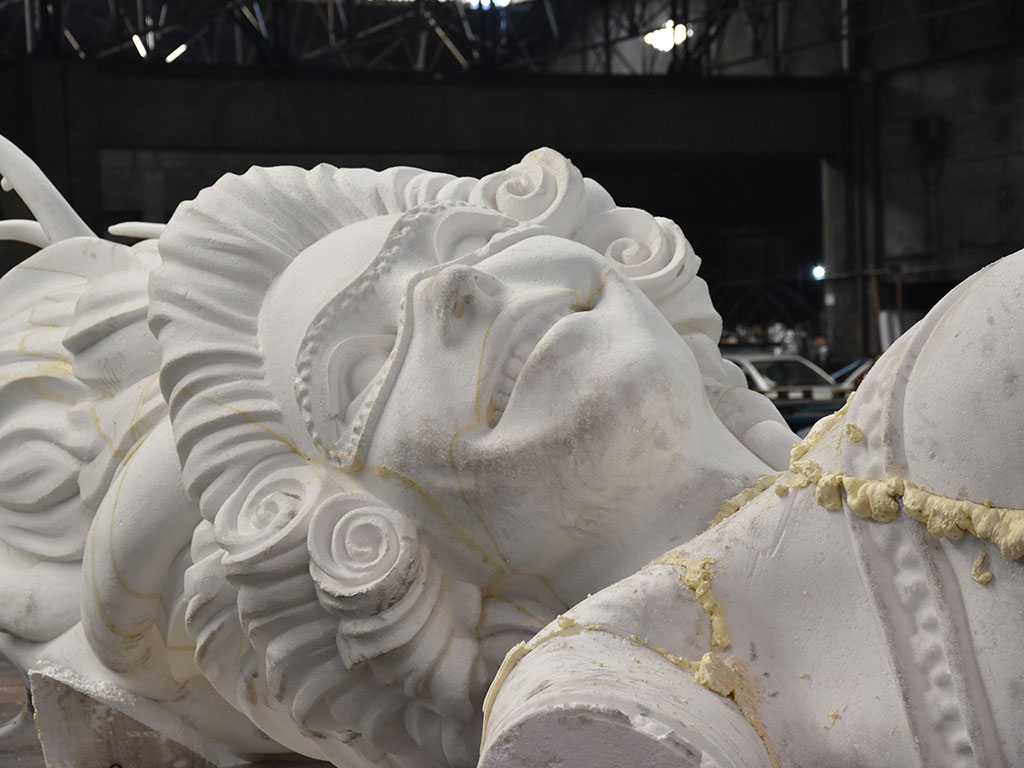 Robotic Styrofoam Sculpting